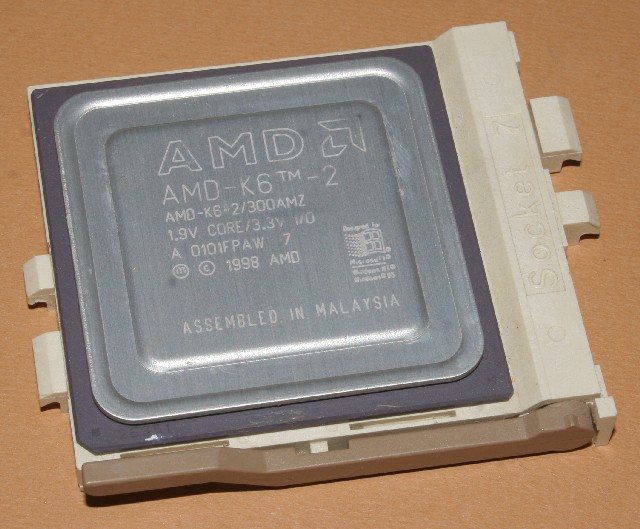 AMD-K6-2-300amz.jpg