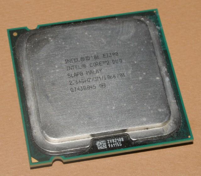 Core2DuoE7300slapb.jpg