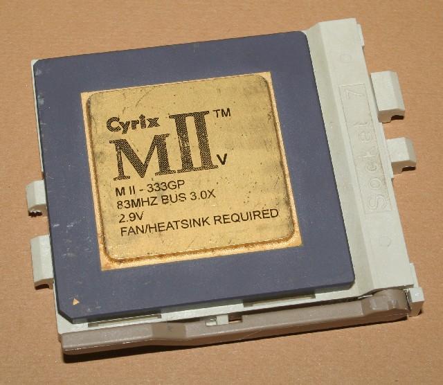 CyrixM2v-333-83.jpg