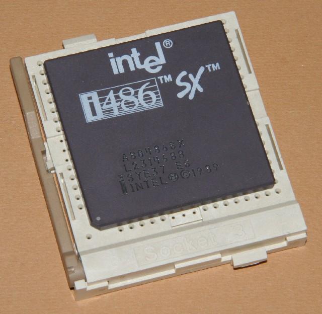 Intel486SX-es.jpg
