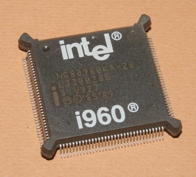 Intel960-NG80960KA-20.jpg