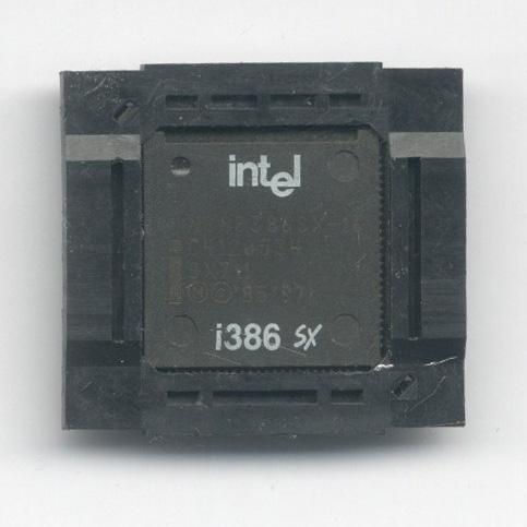 Intel_386SX16_SX711_F.jpg