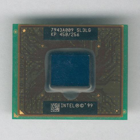 Intel_P3-450CeleronMobile_SL3LG_F.jpg