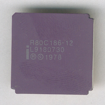 Intel_R80C186-12_F.jpg