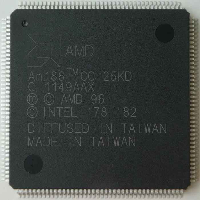 AMD Am186CC-25KD PQFP-160 01.jpg