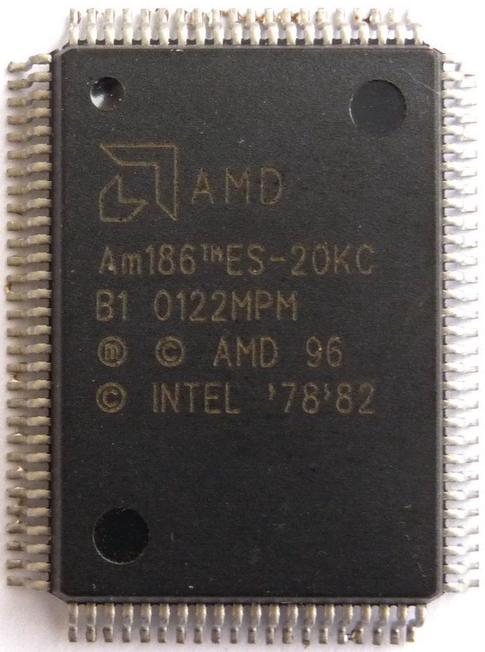 AMD Am186ES-20KC QFP100 01.jpg