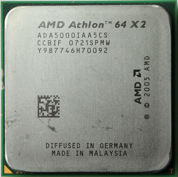 AMD Athlon 64 X2 5000+ socket AM2 (Windsor) ADA5000IAA5CS 01.jpg