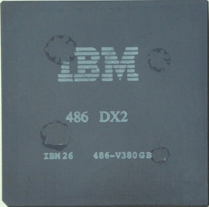 IBM Blue Lightning 486DX2-80 PGA 486-4V380GB 01.jpg