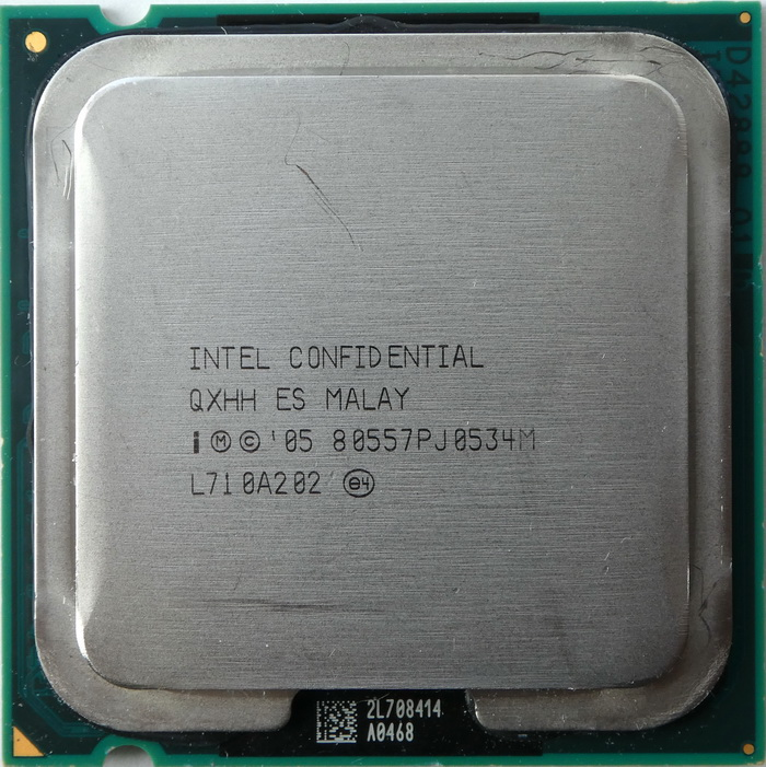 Intel Core 2 Duo E6540 2,33GHz QXHH 01.jpg
