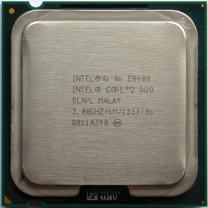 Intel Core 2 Duo E8400 3,00GHz SLAPL 01.jpg