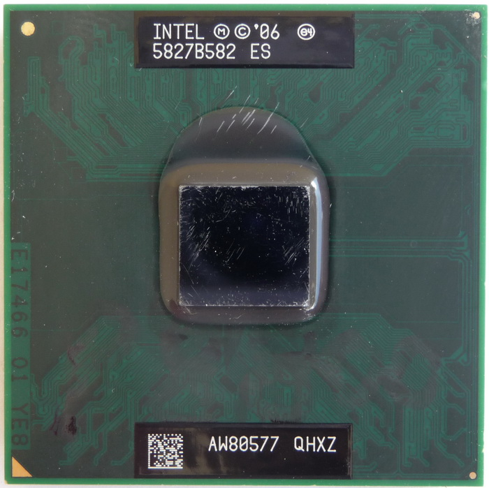 Intel Core 2 Duo P8800 2,83GHz QHXZ 01.jpg