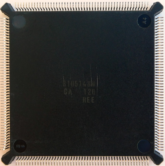 Intel KU80386SL-20 SX427 PQFP Marketing Sample 02.jpg