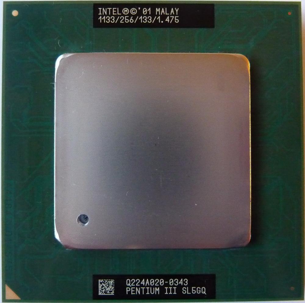 Intel Pentium III 1133 FC-PGA2 SL5GQ 01.jpg