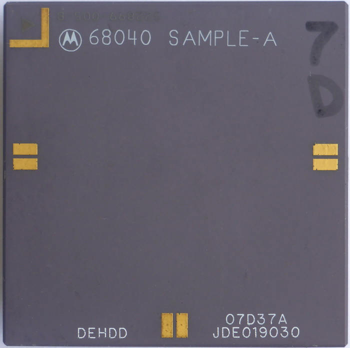 Motorola 68040 Sample-A 01.jpg