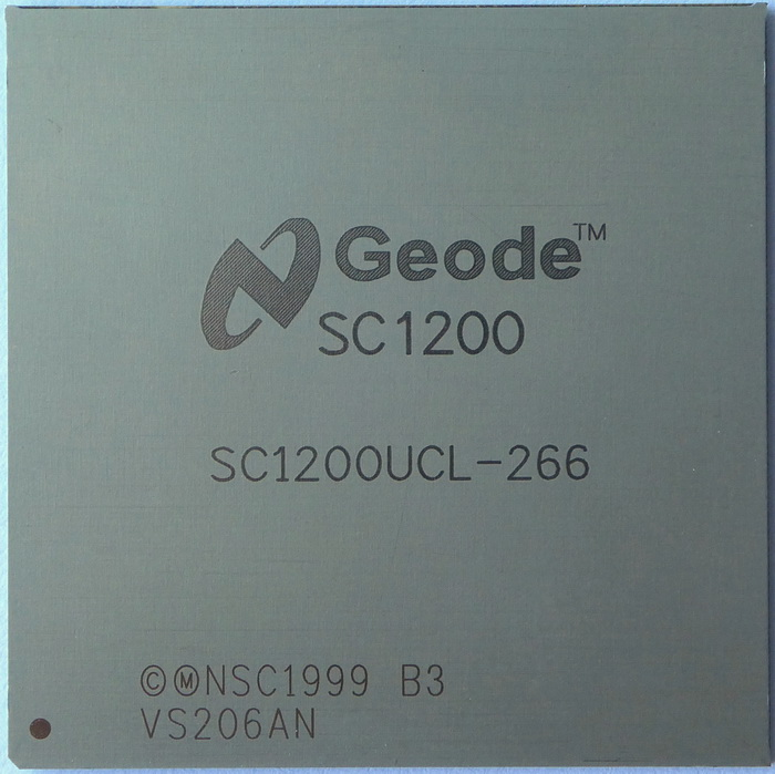National Semiconductor Geode SC1200 SC1200UCL-266 BGA 01.jpg