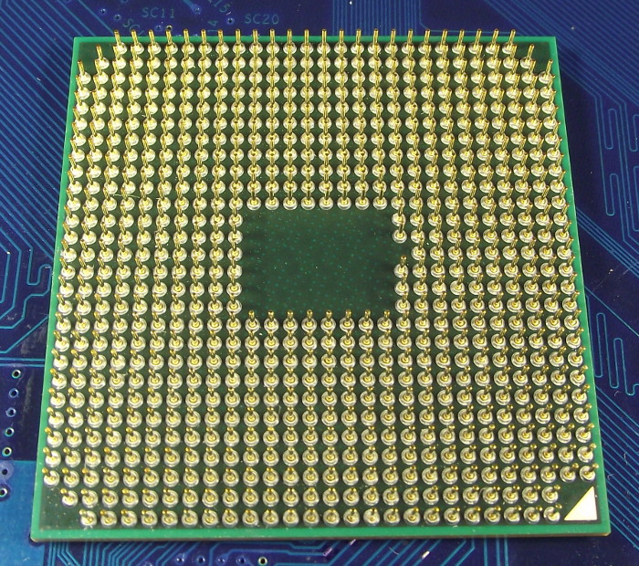 AMD_A4_AM3305DDX22GX_bot.jpg