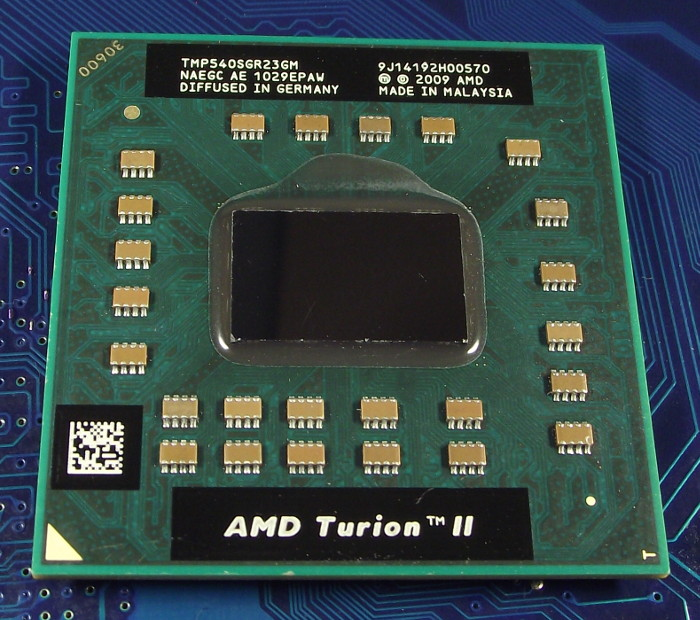 AMD_Turion_II_TMP540SGR23GM_top.jpg