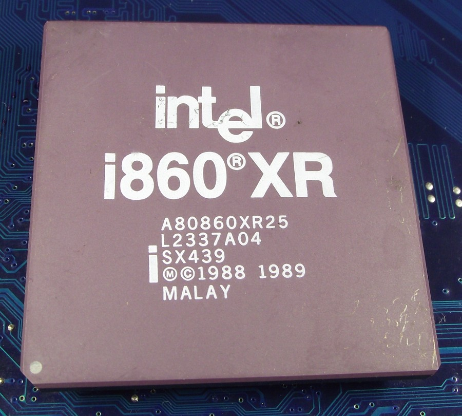 Intel_A80860XR25_SX439_top.jpg
