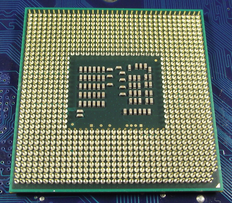 Intel_CelDC_P4500_1867-2M_SLBNL_bot.jpg