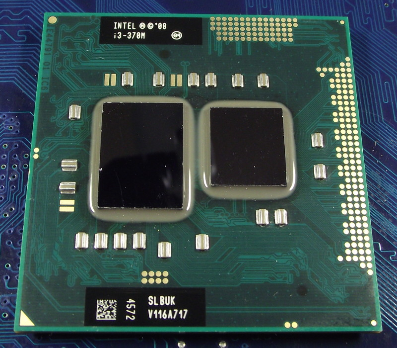 Intel_Ci3_370M_2400-3M_SLBUK_top.jpg