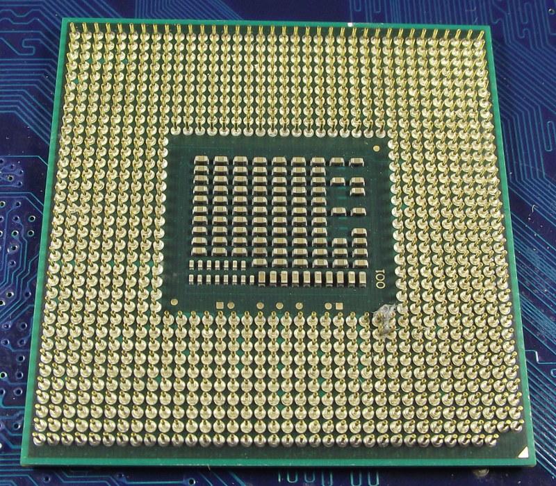 Intel_Ci5_2430M_2400-3M_SR04W_bot.jpg