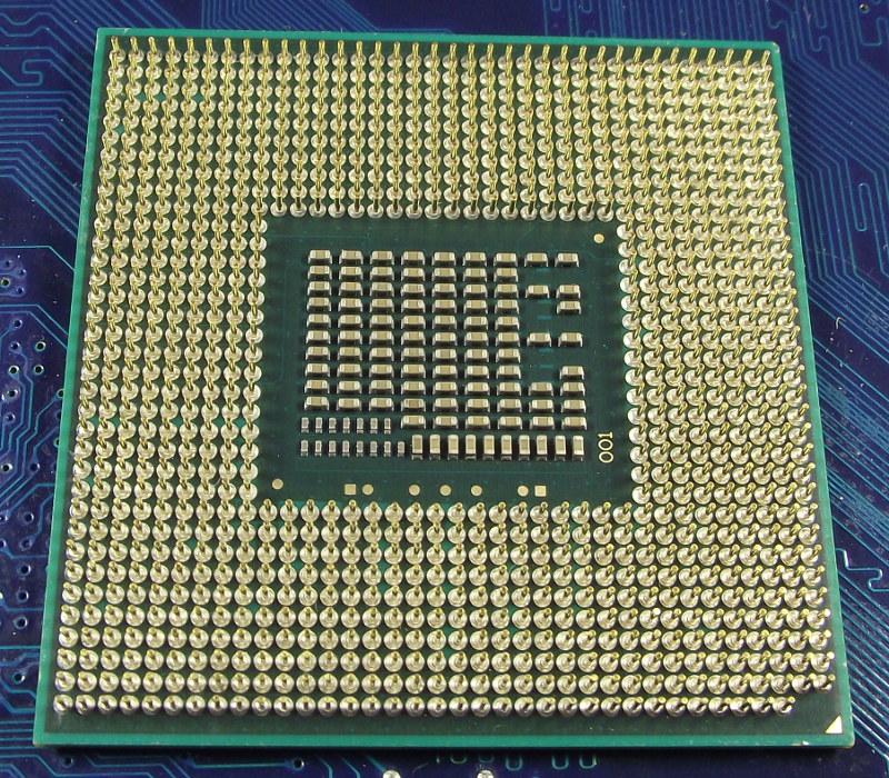 Intel_Ci5_2520M_2500-3M_SR048_bot.jpg