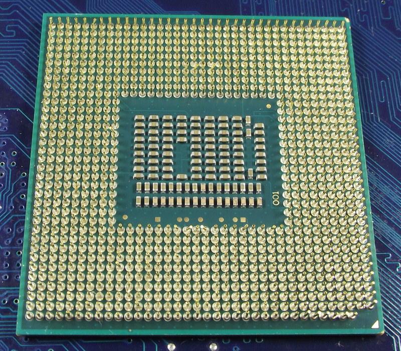 Intel_Ci5_3320M_2600-3M_SR0MX_bot.jpg