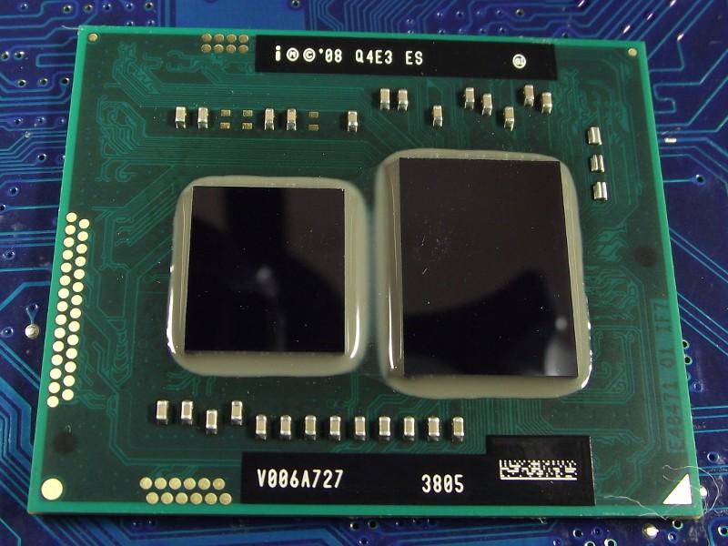 Intel_Core-i5-540UM_1200MHz_Q4E3_top.jpg