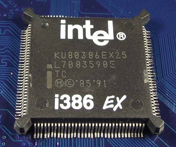 Intel_KU80386EX25_e_top.jpg