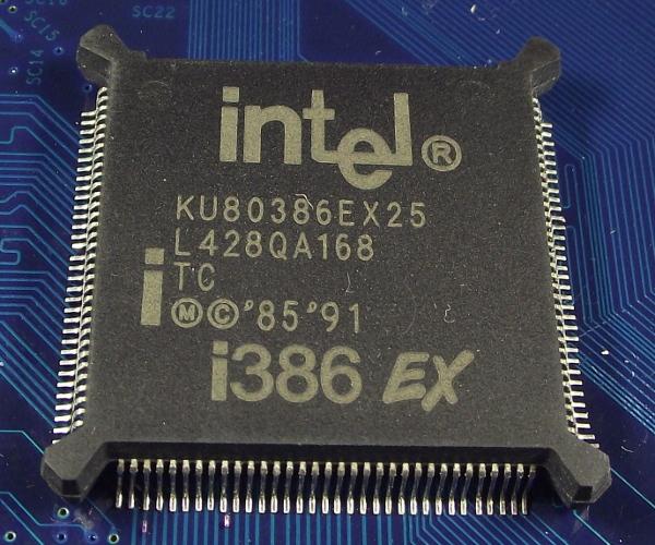 Intel_KU80386EX25_g_top.jpg