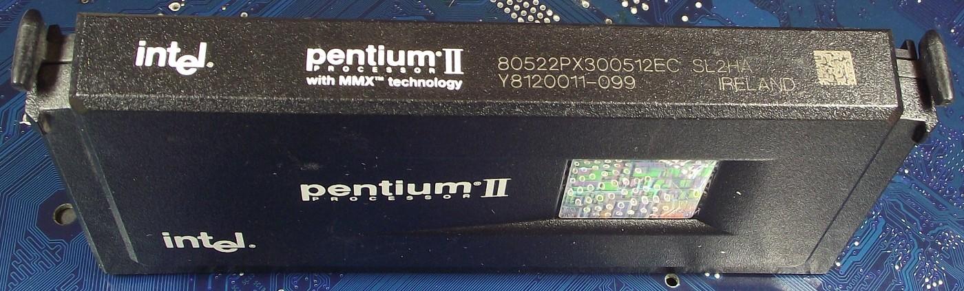 Intel_P2_80522PX300512_SL2HA.jpg