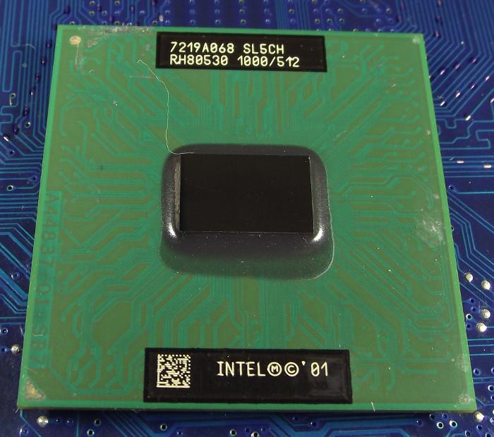 Intel_P3-Mobile-1000-512-133_SL5CH_top.jpg
