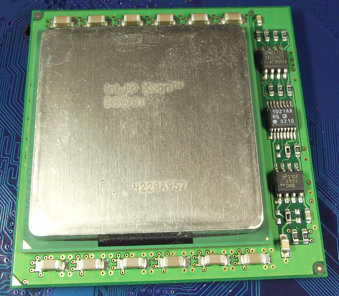 Intel_Xeon_1900_1M_400_SL6H2_top.jpg