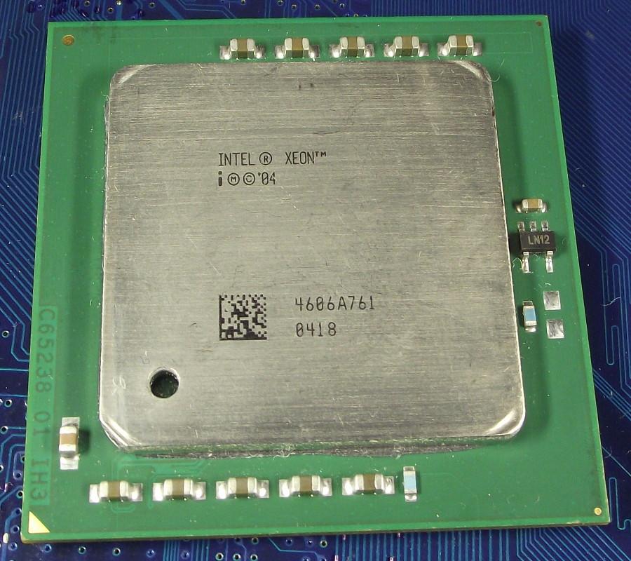 Intel_Xeon_3200DP_2M_800_SL7ZE_top.jpg