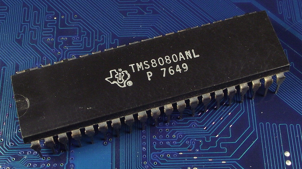 Texas_TMS8080ANL_P7649_top.jpg