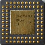 Intel A80387-20 SX030 (Ancienne reference, sans logo) CPGA 02.jpg