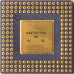 Intel A80486DX4-100 SX900 (marquage laser) 02.jpg