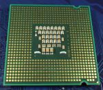 Intel_C2D_E4300_1800-2M-800_SL9TB_bot.jpg