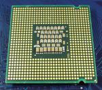 Intel_C2D_E6750_2667-4M-1333_SLA9V_bot.jpg