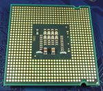 Intel_C2D_E7200_2533-3M-1066_SLAPC_bot.jpg