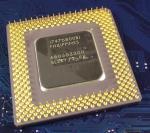 Intel_P1_A80503200_MMX_SL2RY_bot.jpg
