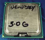 Intel_Xeon_S771_5050_3000MHz_4M_QMOSES_top.jpg