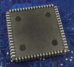 NEC_D70208L-8_V40_plcc_bot.jpg